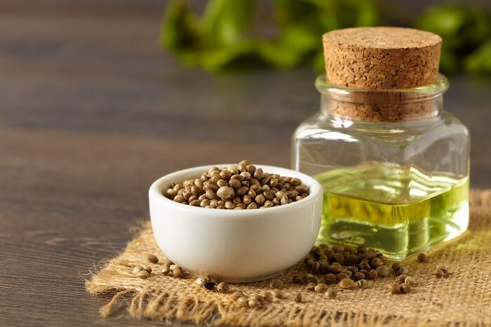 hemp oil and seeds