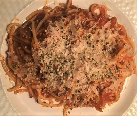 spaghetti with hemp hearts